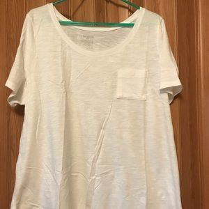 NWOT White Lane Bryant pocket T-shirt - Size 18/20